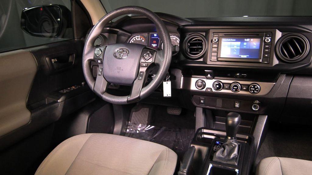 2018 Toyota Tacoma SR Double Cab 5' Bed V6 4x4 Automatic - 18346849 - 22