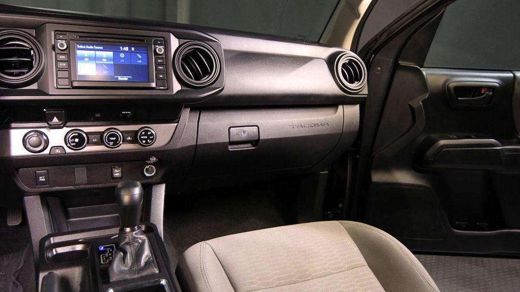 2018 Toyota Tacoma SR Double Cab 5' Bed V6 4x4 Automatic - 18346849 - 23