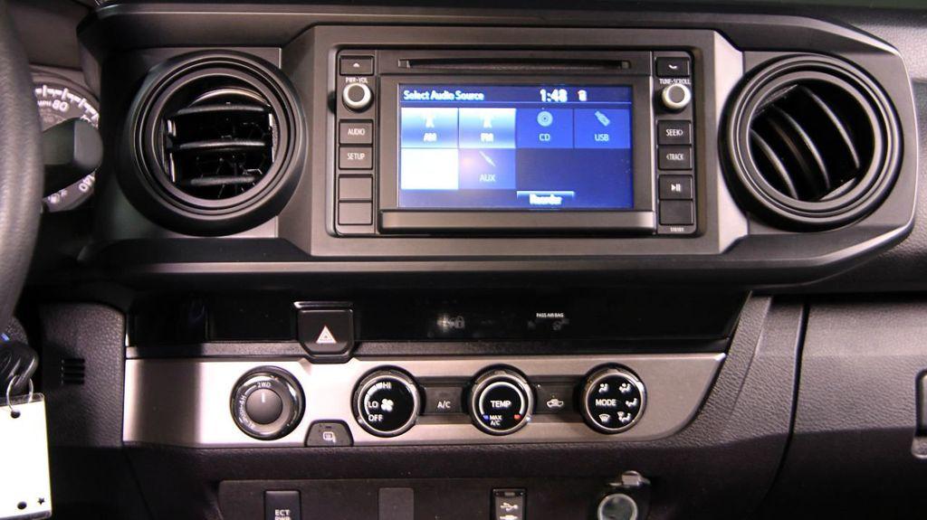 2018 Toyota Tacoma SR Double Cab 5' Bed V6 4x4 Automatic - 18346849 - 24