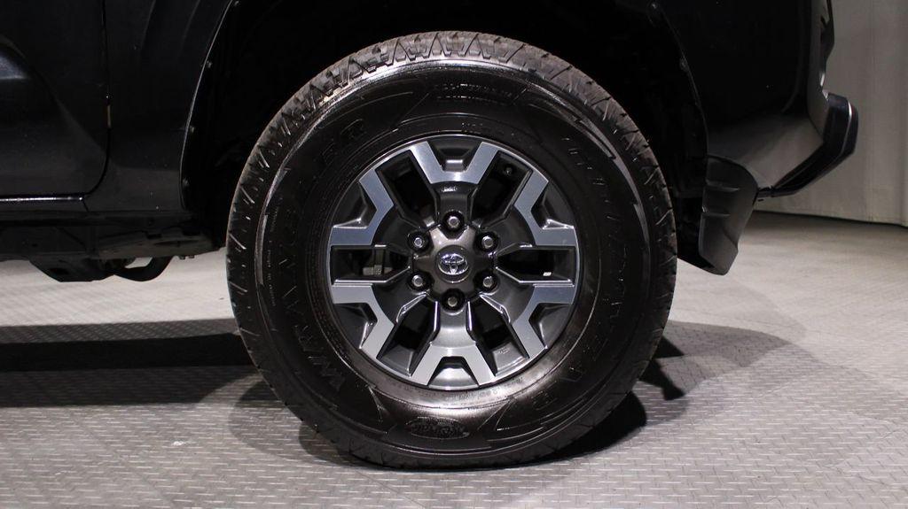 2018 Toyota Tacoma SR Double Cab 5' Bed V6 4x4 Automatic - 18346849 - 8