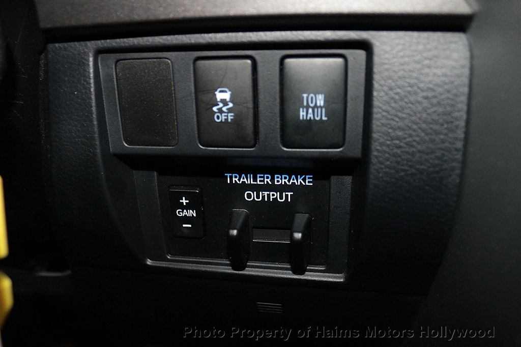 2018 Toyota Tundra 2WD SR5 CrewMax 5.5' Bed 4.6L - 18315712 - 23