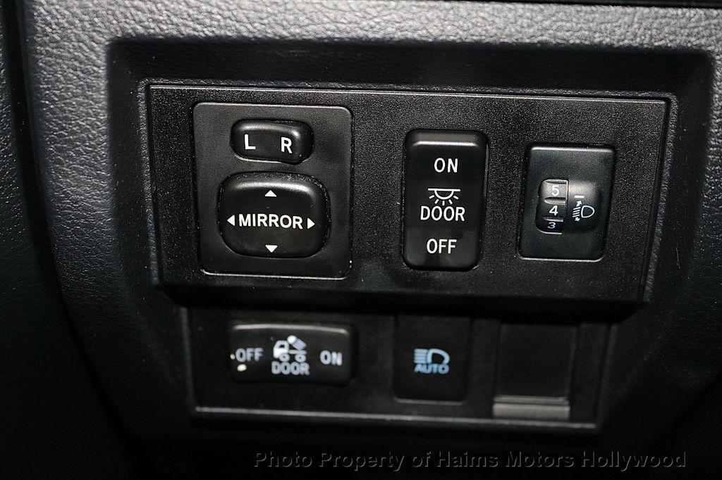2018 Toyota Tundra 2WD SR5 CrewMax 5.5' Bed 4.6L - 18315712 - 24
