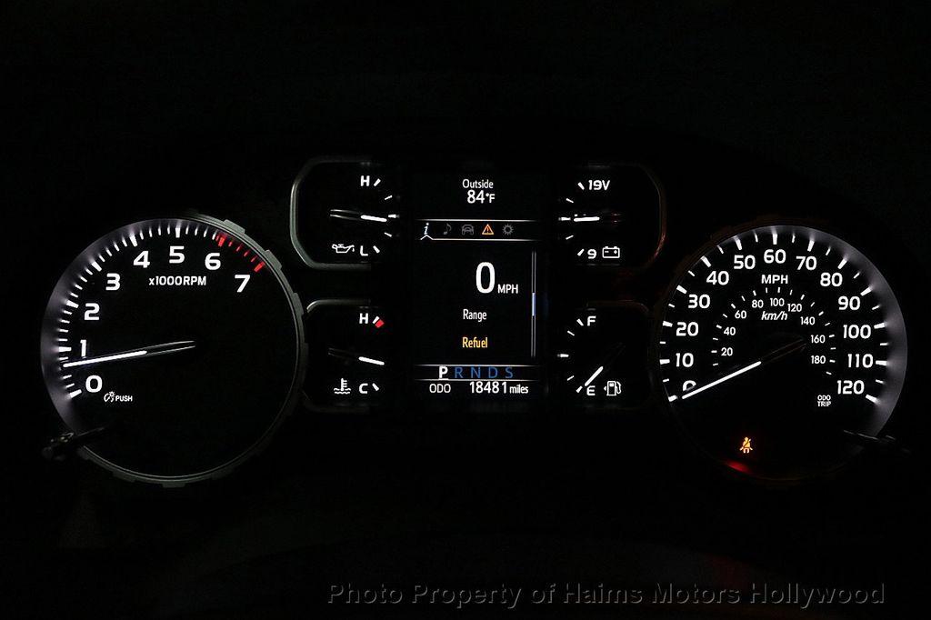 2018 Toyota Tundra 2WD SR5 CrewMax 5.5' Bed 4.6L - 18315712 - 29