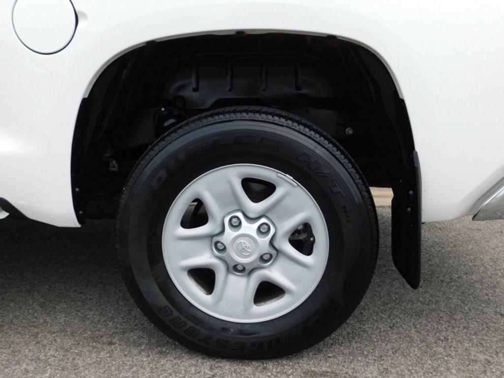 2018 Toyota Tundra 4WD SR5 CrewMax 5.5' Bed 5.7L FFV - 18369415 - 9