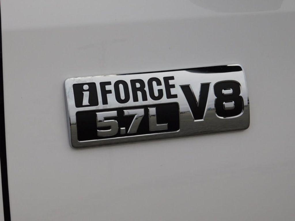 2018 Toyota Tundra 4WD SR5 CrewMax 5.5' Bed 5.7L FFV - 18369415 - 15