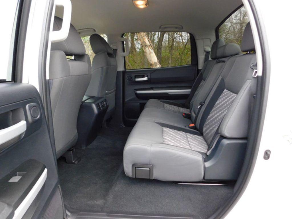 2018 Toyota Tundra 4WD SR5 CrewMax 5.5' Bed 5.7L FFV - 18369415 - 8