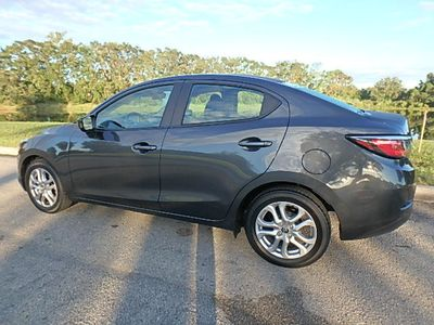 2018 Toyota Yaris iA Automatic Sedan - Click to see full-size photo viewer