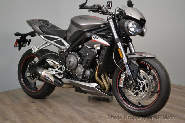 2018 Triumph Street Triple RS Less than 1900 miles - 19100160 - 14