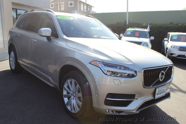 2018 Volvo XC90 T6 AWD 7-Passenger Momentum - Click to see full-size photo viewer
