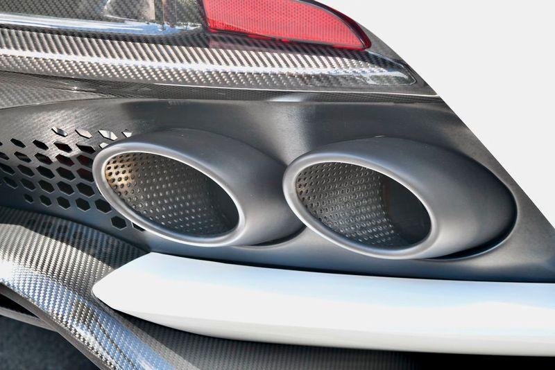 2019 Aston Martin DBS Superleggera Coupe - Click to see full-size photo viewer