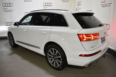 2019 Audi Q7 2.0 TFSI 4DR SUV 2.0 TFSI PRM - Click to see full-size photo viewer