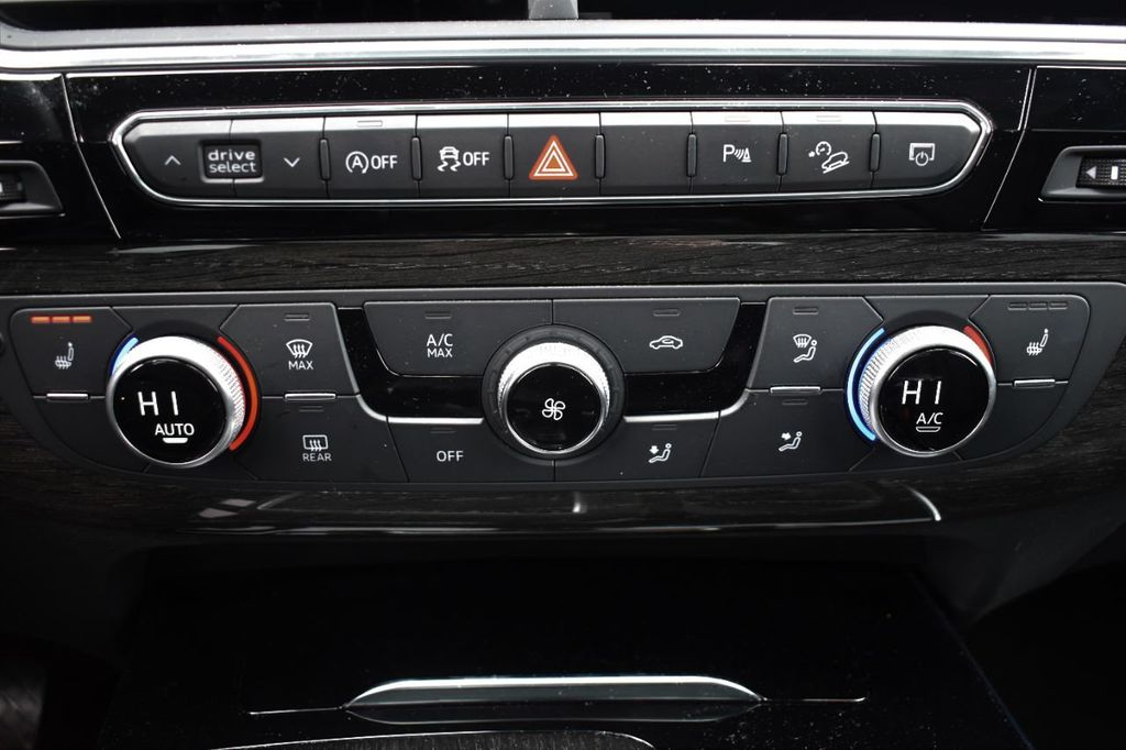 2019 Audi Q7 3.0 TFSI Premium Plus - 18274987 - 17