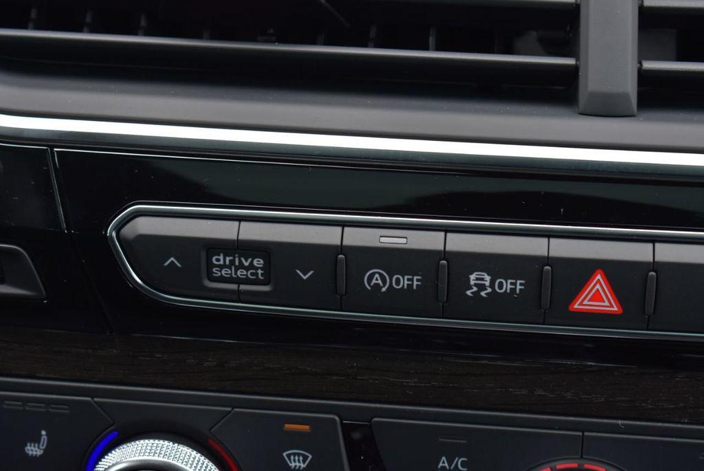 2019 Audi Q7 3.0 TFSI Premium Plus - 18274987 - 38