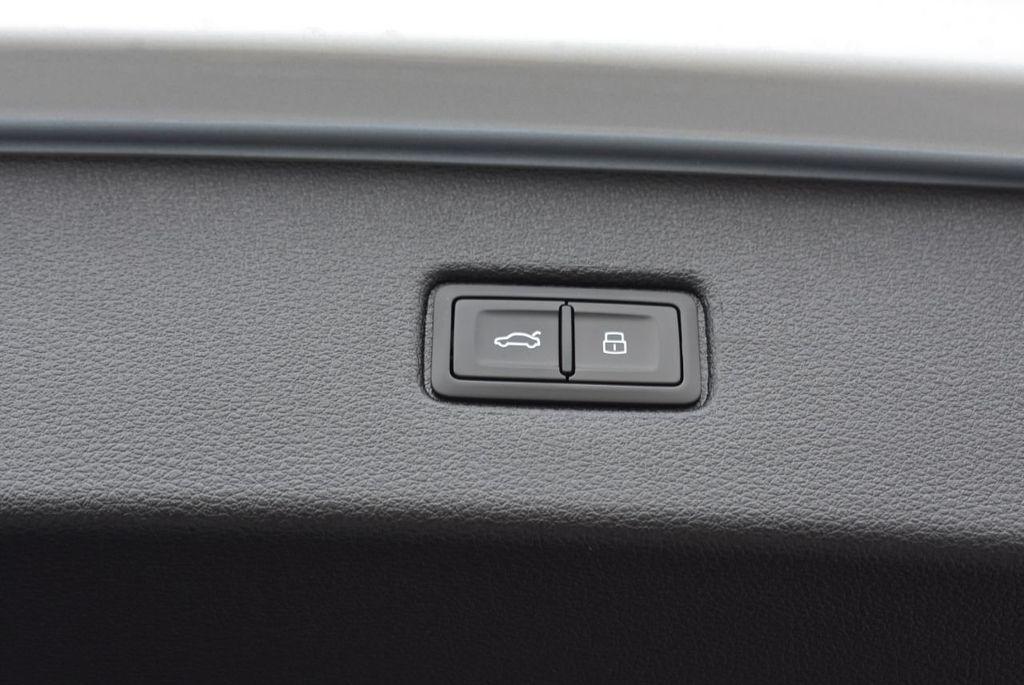 2019 Audi Q7 3.0 TFSI Premium Plus - 18274987 - 50