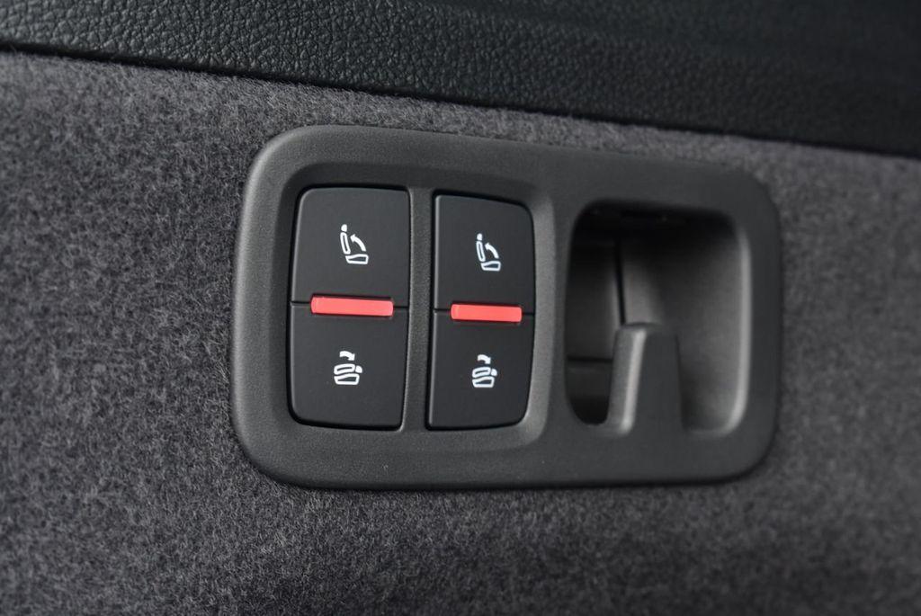 2019 Audi Q7 3.0 TFSI Premium Plus - 18274987 - 51