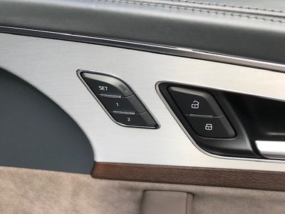 2019 Audi Q7 Prestige 55 TFSI quattro - Click to see full-size photo viewer