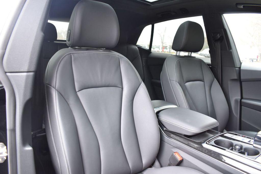 2019 Audi Q8 3.0 TFSI Premium - 18295136 - 32