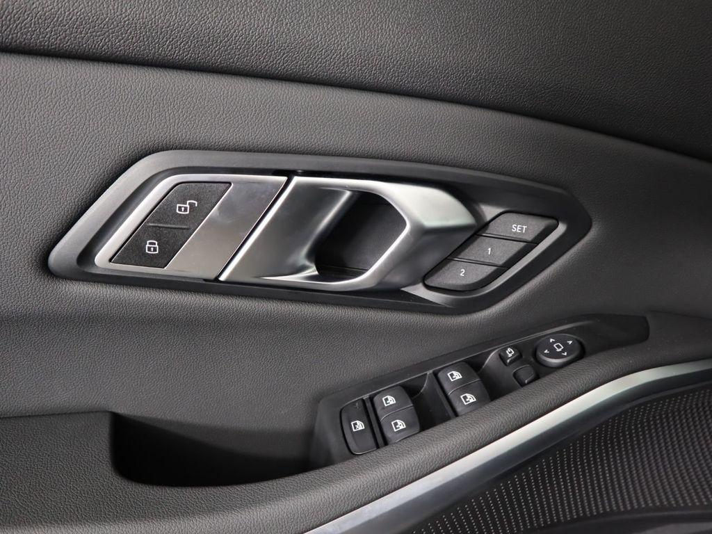 2019 BMW 3 Series 330i - 19013995 - 24