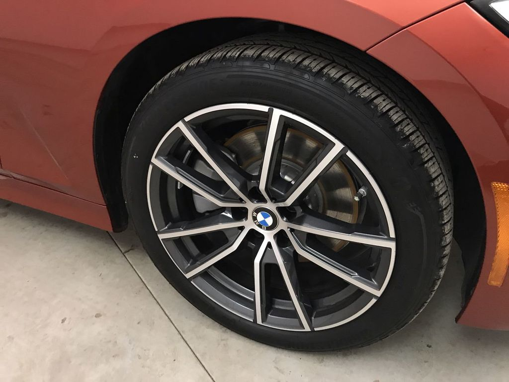 2019 BMW 3 Series 330i - 18813235 - 15