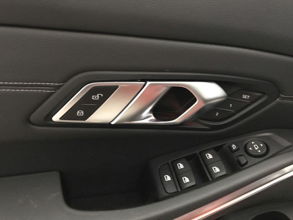 2019 BMW 3 Series 330i - 18813235 - 18