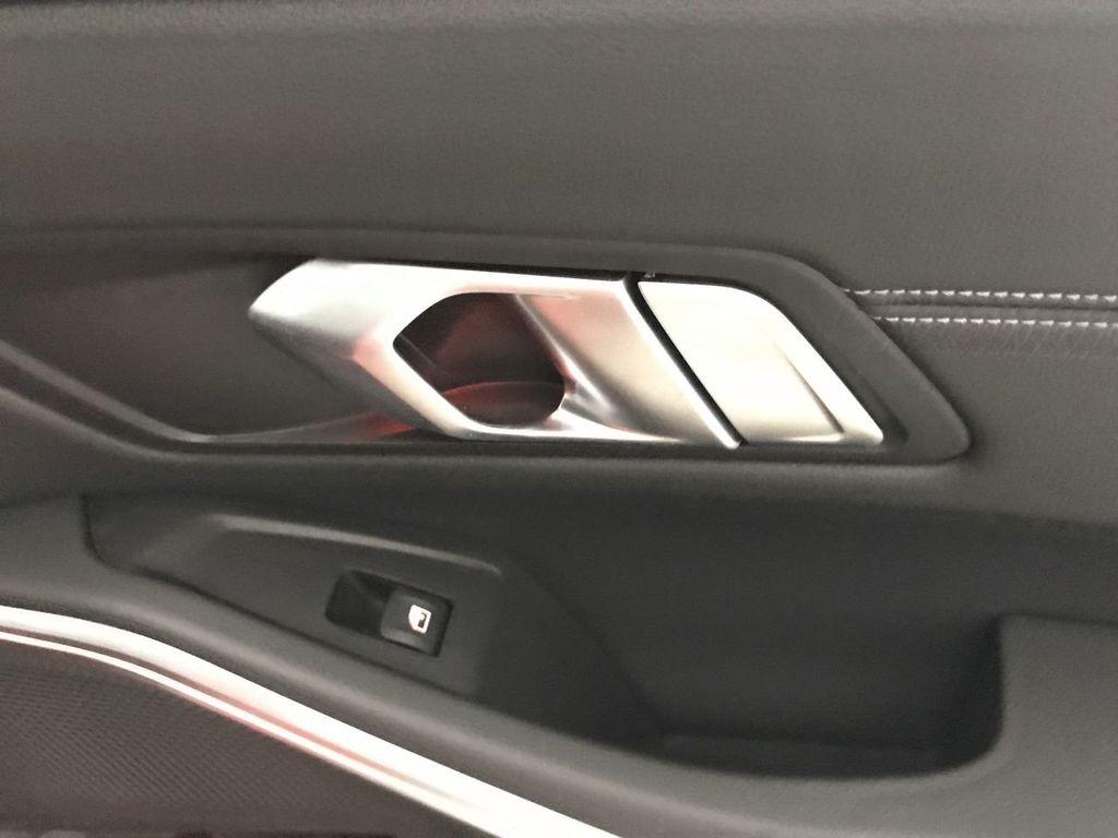 2019 BMW 3 Series 330i - 18813235 - 25
