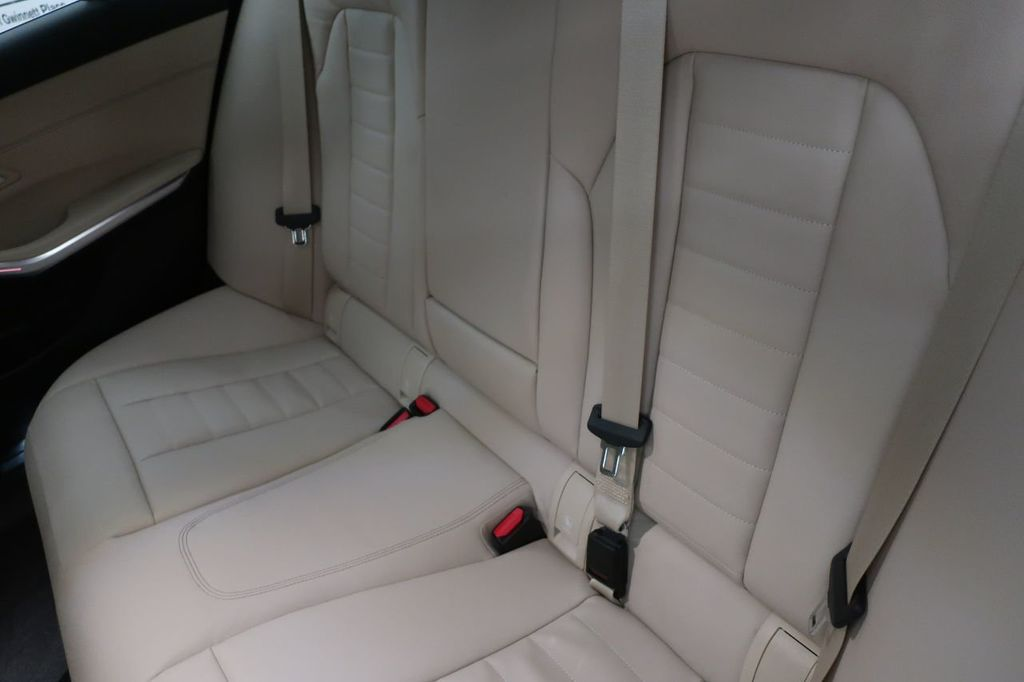 2019 BMW 3 Series 330i - 18706189 - 19