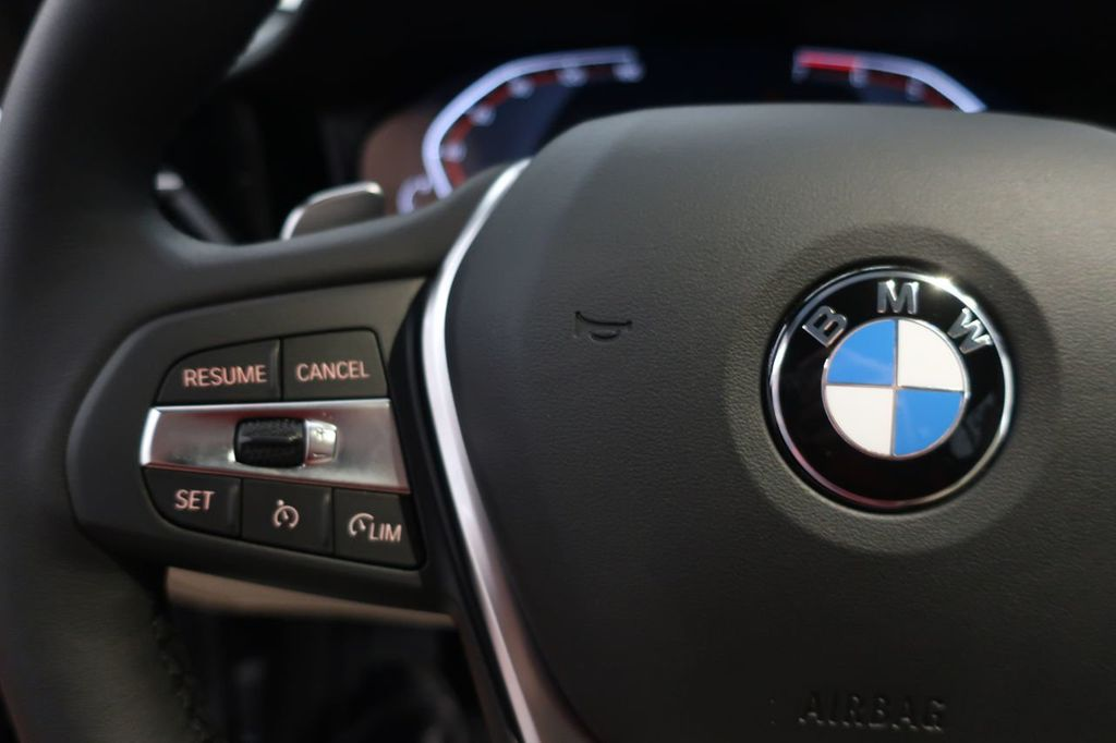 2019 BMW 3 Series 330i - 18706189 - 24