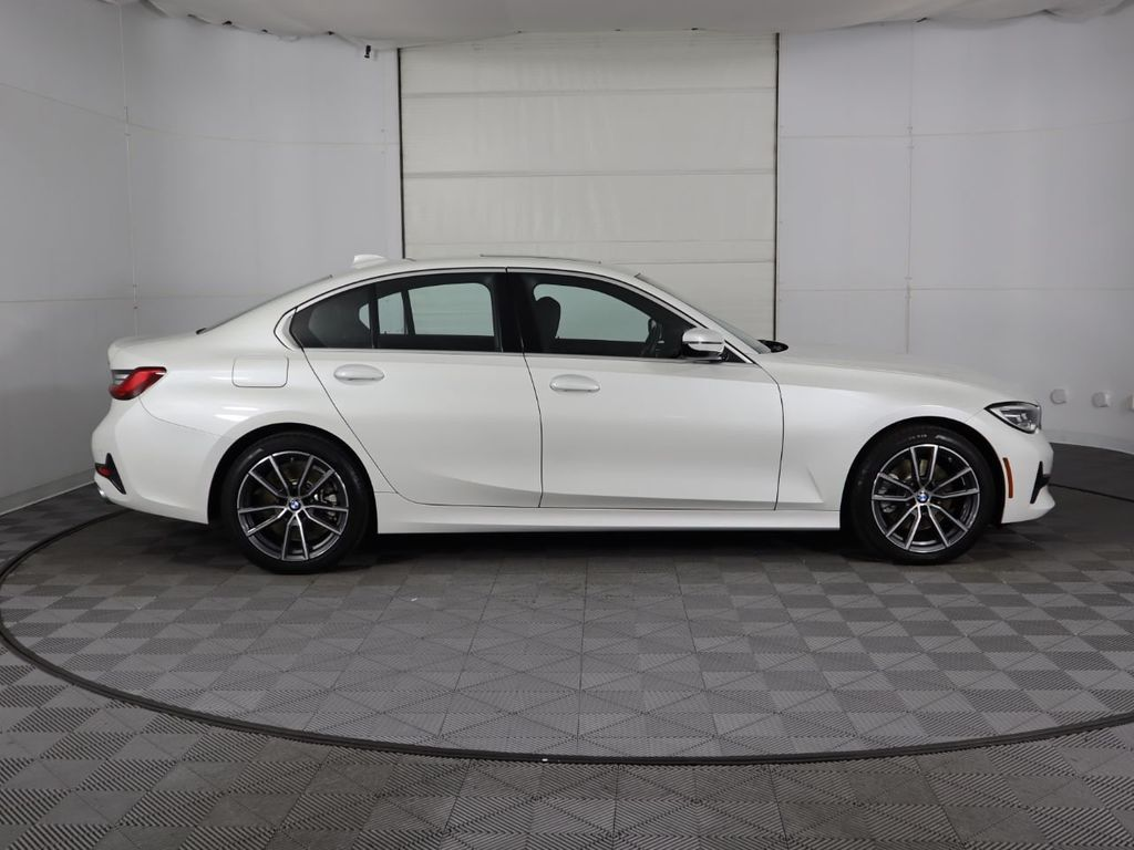 2019 BMW 3 Series COURTESY VEHICLE  - 18903733 - 3
