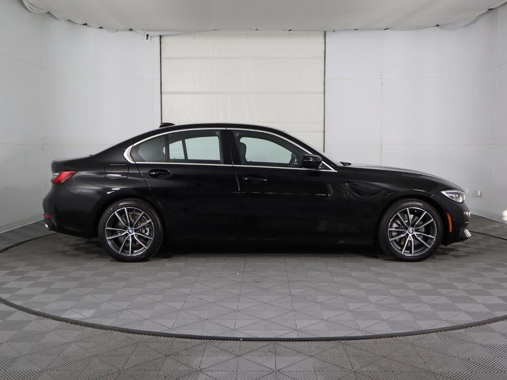 2019 BMW 3 Series COURTESY VEHICLE  - 18903919 - 3