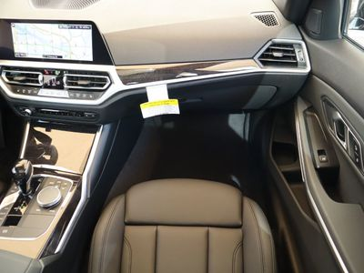 2019 BMW 3 Series COURTESY VEHICLE Sedan - Click to see full-size photo viewer