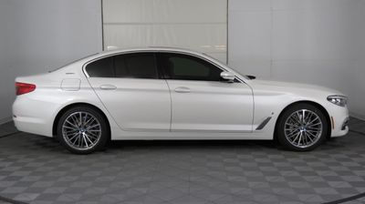 2019 BMW 5 Series 530e iPerformance Plug-In Hybrid Sedan - Click to see full-size photo viewer
