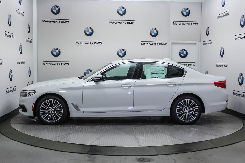 2019 BMW 5 Series 530i xDrive - 18857850 - 2