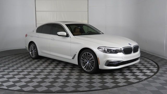2019 BMW 5 Series COURTESY VEHICLE  - 18446546 - 2