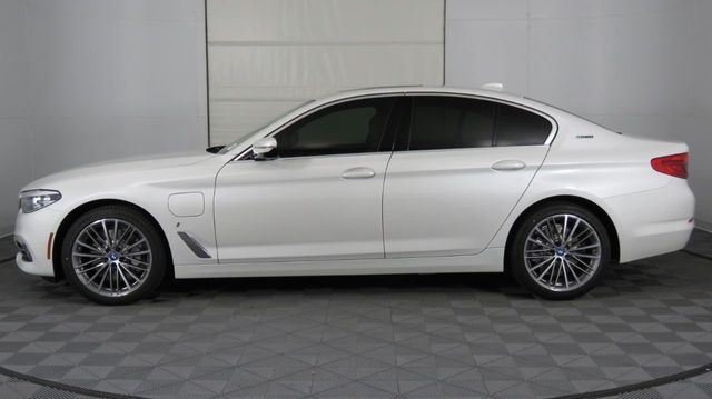 2019 BMW 5 Series COURTESY VEHICLE  - 18446546 - 7