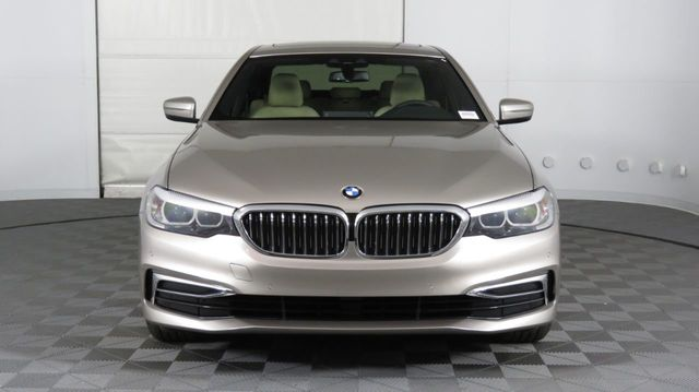 2019 BMW 5 Series COURTESY VEHICLE  - 18742974 - 1