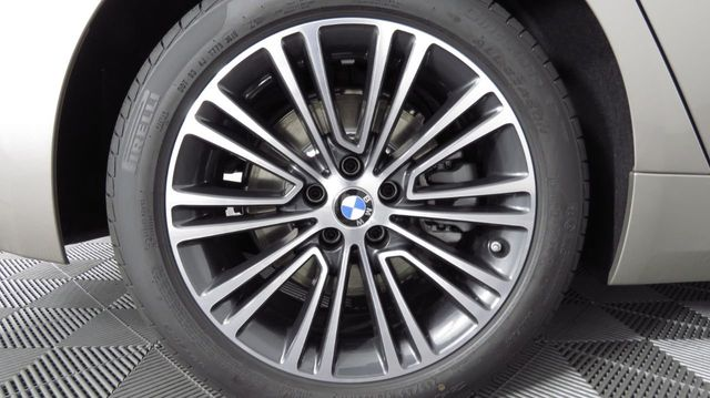 2019 BMW 5 Series COURTESY VEHICLE  - 18742974 - 33