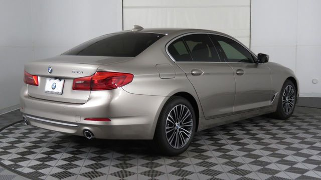 2019 BMW 5 Series COURTESY VEHICLE  - 18742974 - 6