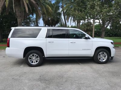 2019 Chevrolet Suburban 2WD 4dr 1500 LT - Click to see full-size photo viewer