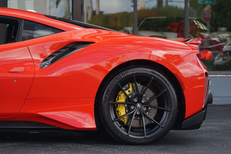 2019 Ferrari 488 Pista  - Click to see full-size photo viewer