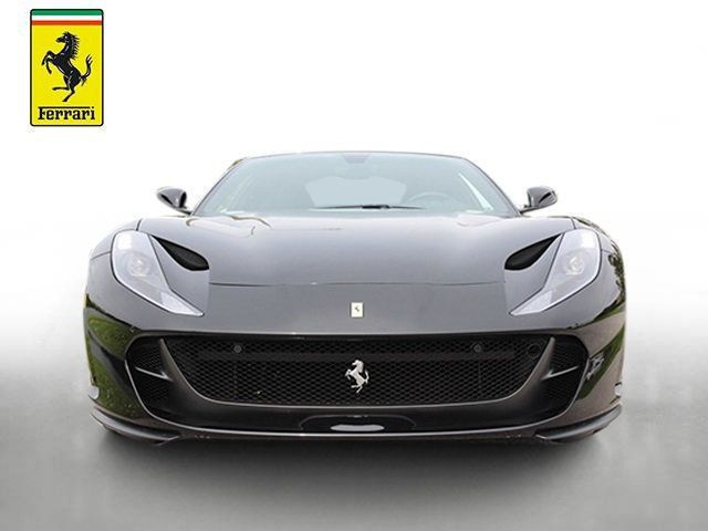 2019 Ferrari 812 Superfast Coupe - 19355597 - 10