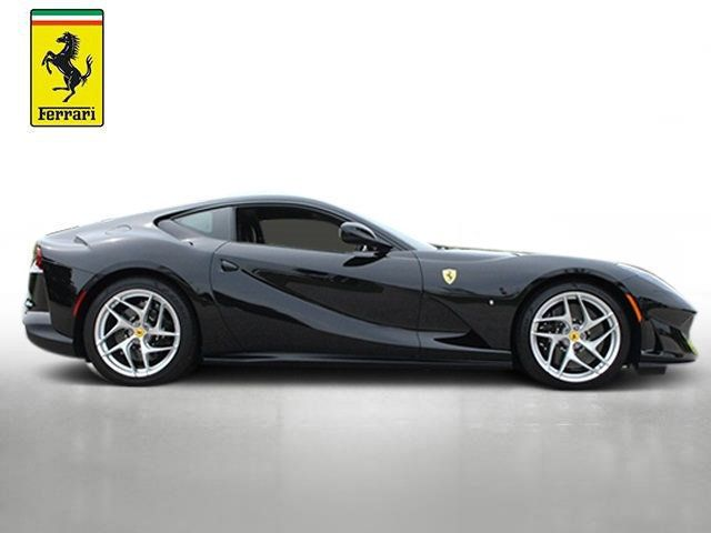 2019 Ferrari 812 Superfast Coupe - 19355597 - 8