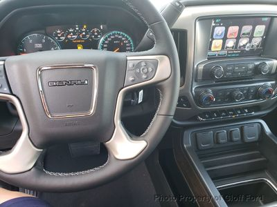 """2019 GMC Sierra 2500HD 4WD Crew Cab 153.7"""" Denali - Click to see full-size photo viewer"""