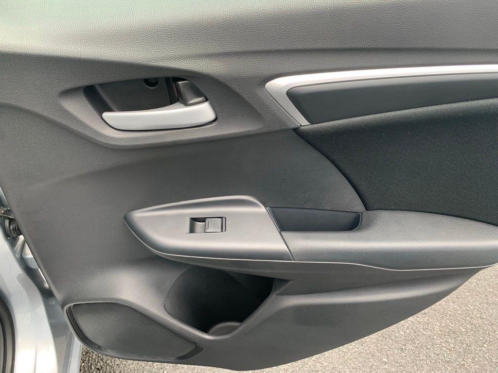 2019 Honda Fit LX CVT - 18573260 - 32