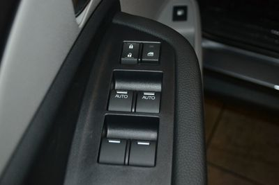 2019 Honda Pilot LX AWD SUV - Click to see full-size photo viewer