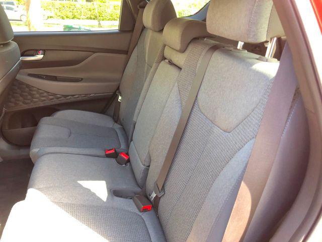 2019 Hyundai Santa Fe SE 2.4L Automatic FWD - Click to see full-size photo viewer