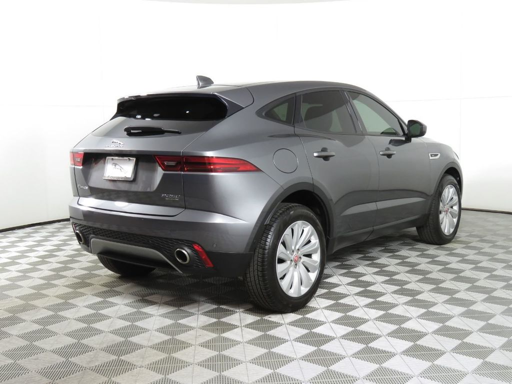 2019 Jaguar E-PACE COURTESY VEHICLE - 18789906 - 4