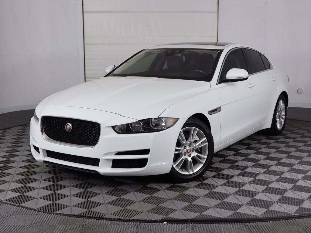 2019 Jaguar XE COURTESY VEHICLE - 18795163 - 0