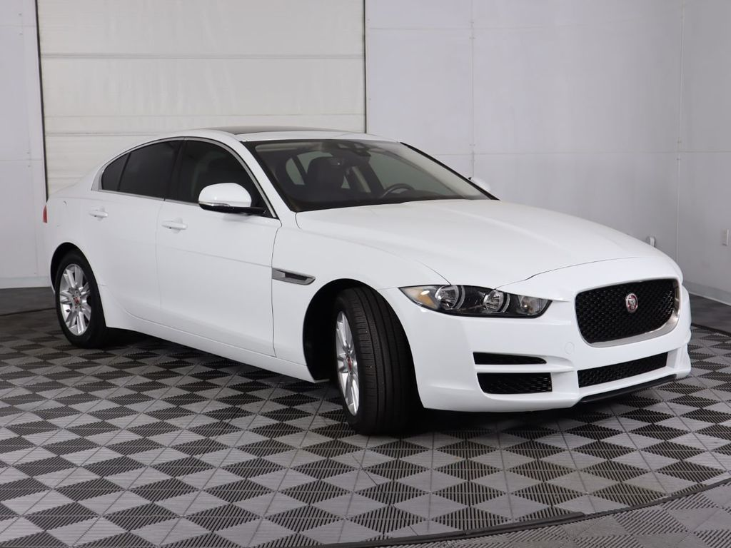 2019 Jaguar XE COURTESY VEHICLE - 18795163 - 2