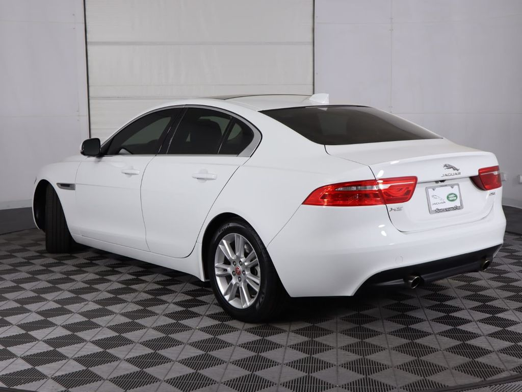 2019 Jaguar XE COURTESY VEHICLE - 18795163 - 6