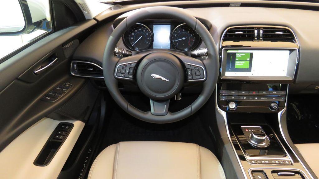 2019 Jaguar XE COURTESY VEHICLE  - 18893539 - 10